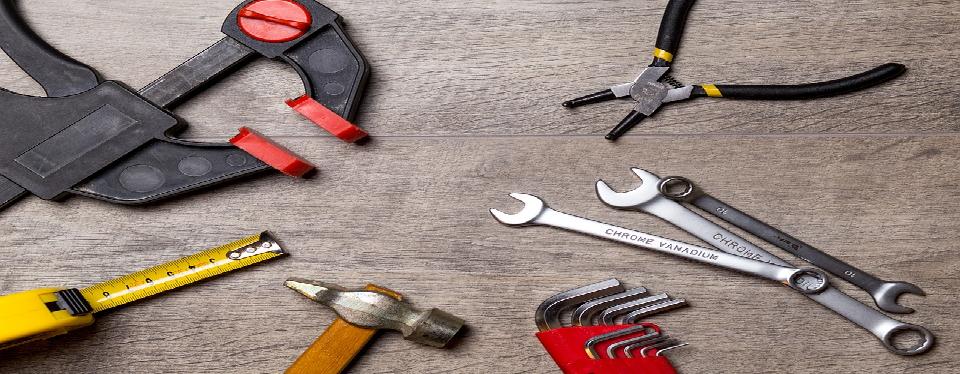 Vindt hier al het gereedschap wat u zoekt van boormachines tot werkhandschoenen!