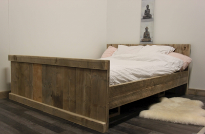 Steigerhouten bed Basic